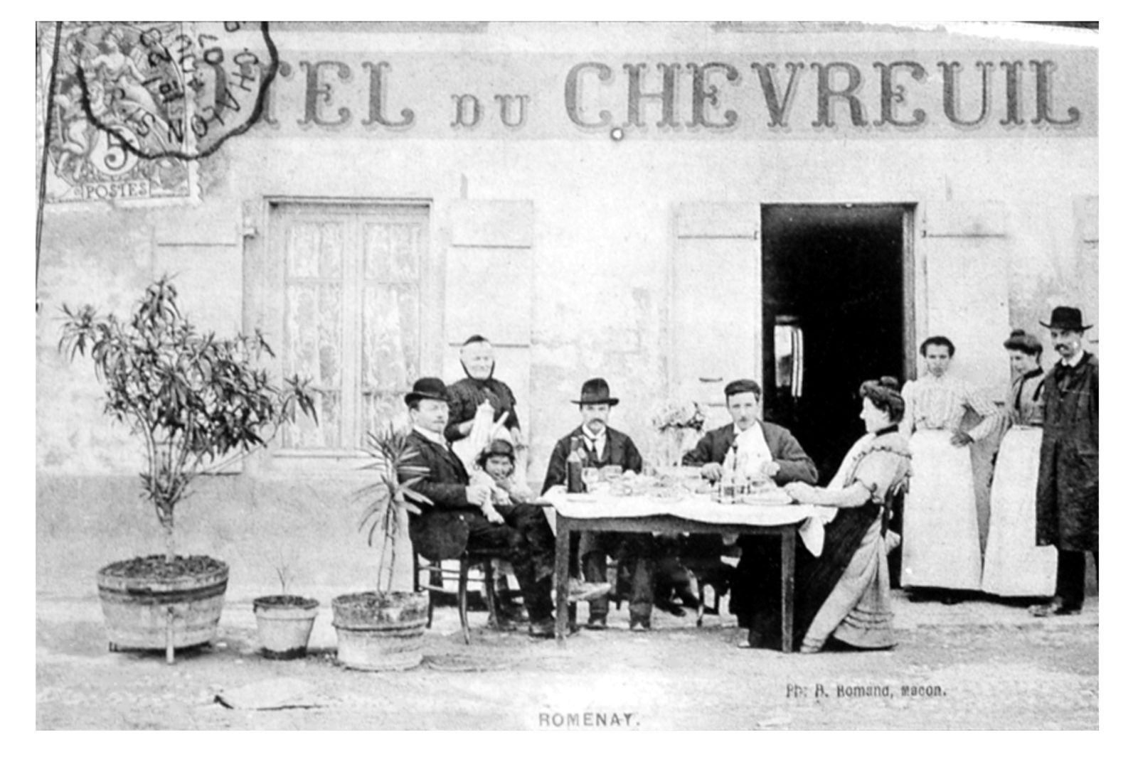 Hotel du Chevreuil Famille Page-Perret